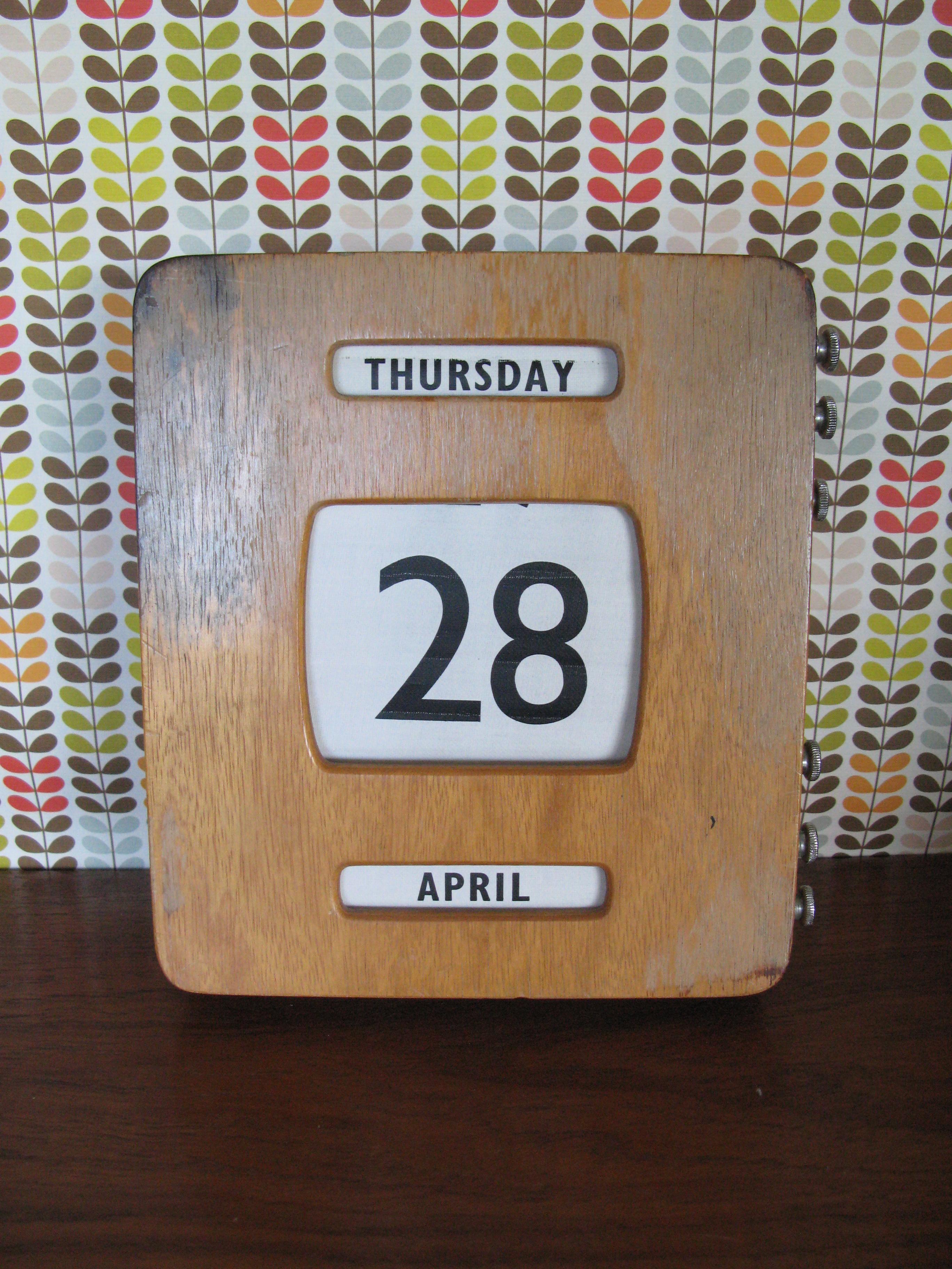 perpetual calendar | opalfruitcake